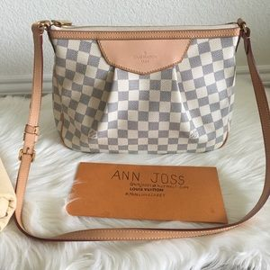 Authentic lv Siracusa PM Azur